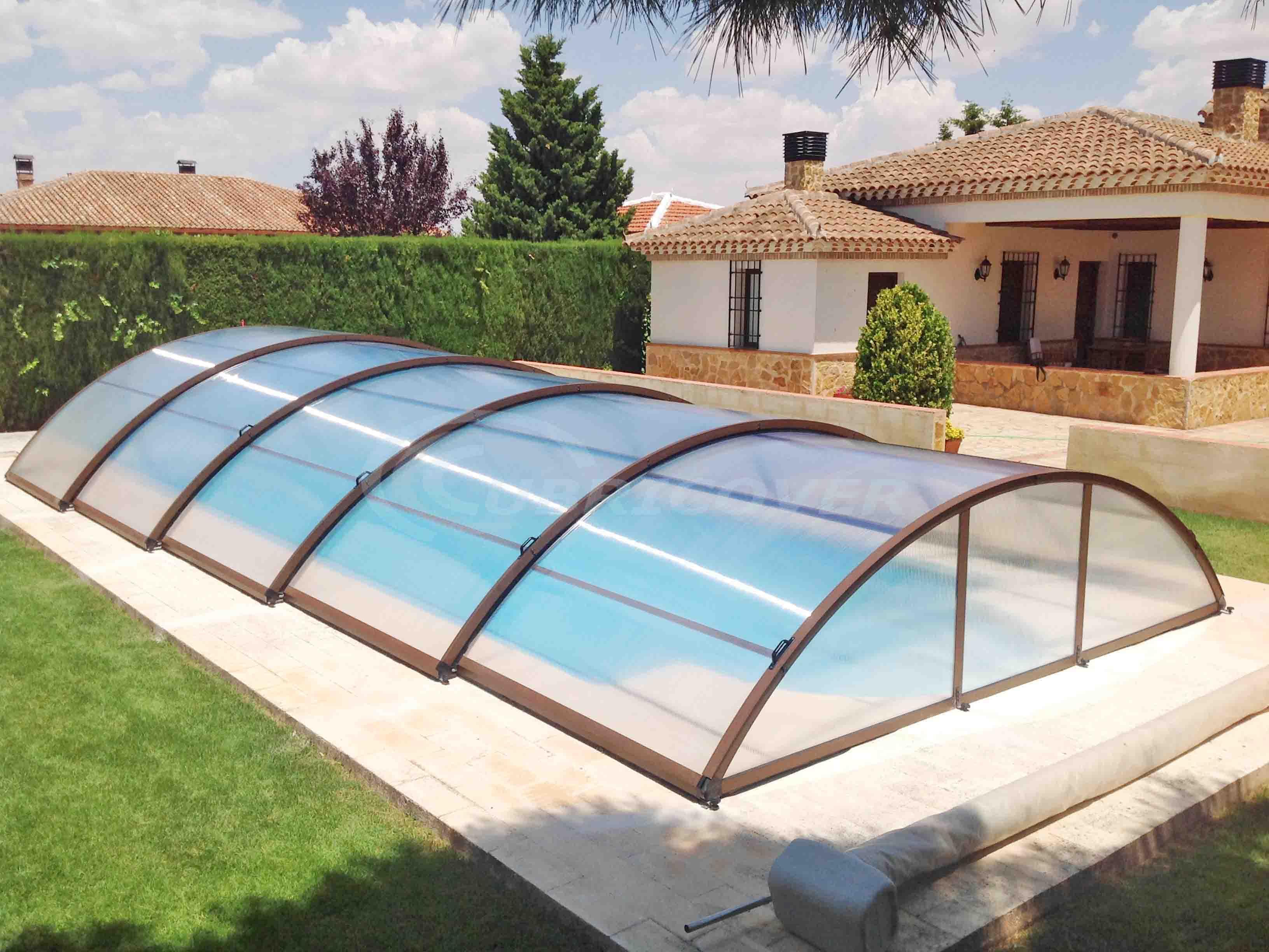 Cubierta para piscina baja telesc pica cubricover for Piscina collado villalba