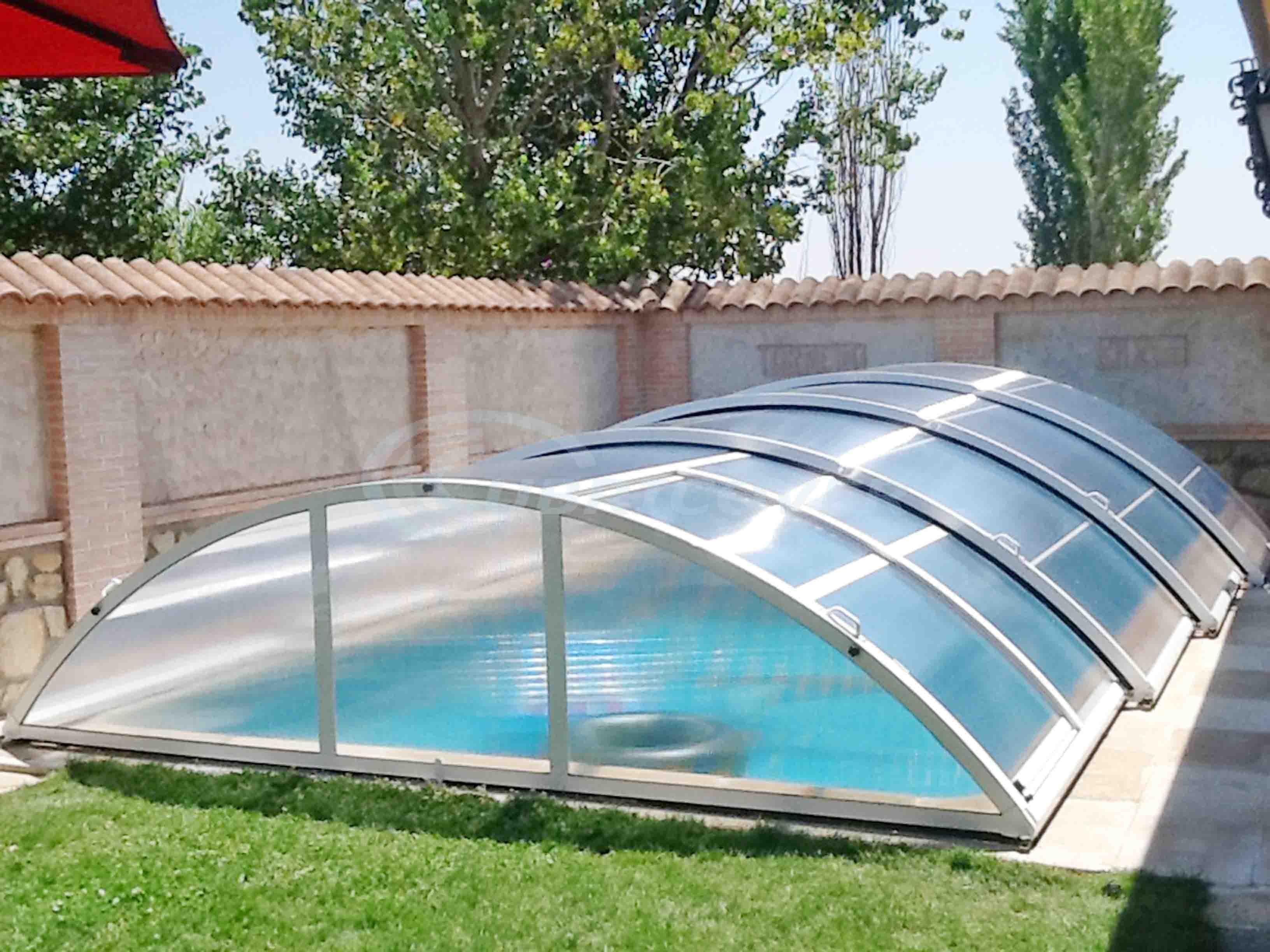 Cubierta para piscina baja telesc pica cubricover for Piscinas ponferrada